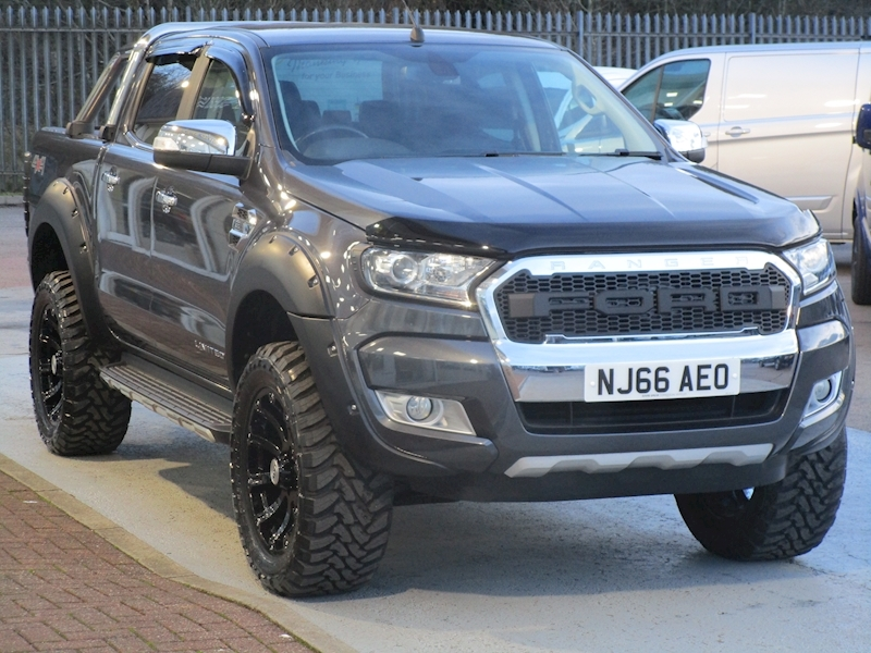 "Ranger Tdci 200ps Limited 4X4 Double Cab Pick Up with Roll n Lock Cover & Full Raptor kit inc 20"" Wheels 3.2 5dr Pickup Automatic Diesel"