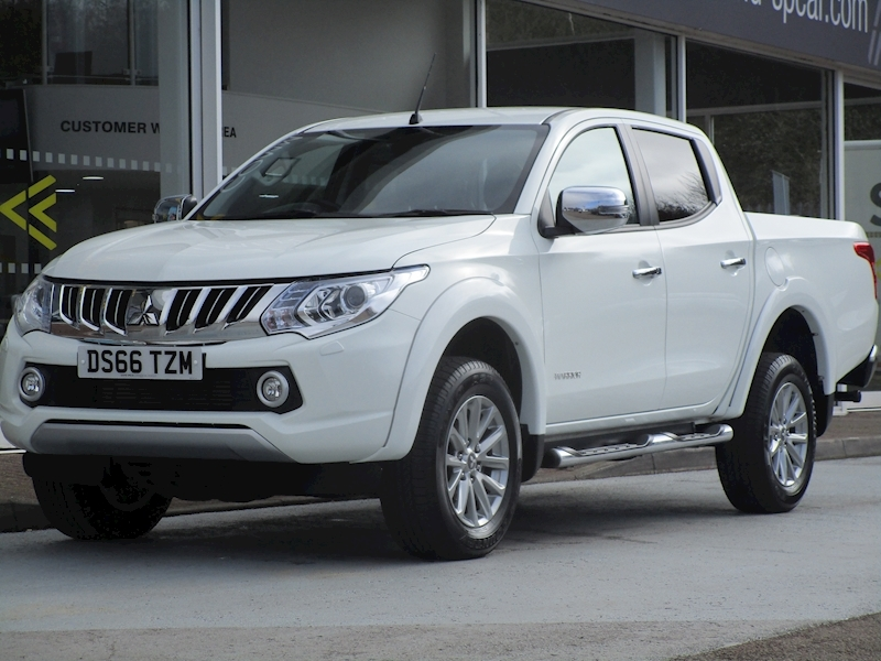 L200 Di-D 180ps 4Wd Warrior 4x4 Double Cab Pick With Leather, Sat Nav & Only 10k 2.4 4dr Pickup Manual Diesel