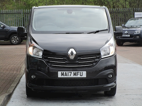 Trafic Dci 125ps Sl27 Sport L1 Swb 9 Seat Passenger Bus With Air Con, Sat Nav & Alloys 1.6 5dr Minibus Manual Diesel