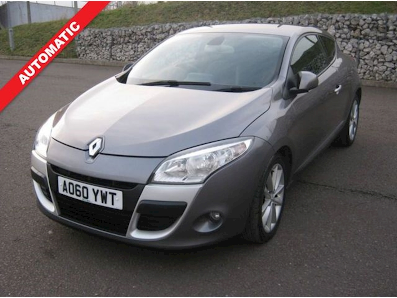 Renault Megane Privilege Tomtom Dci Fap 2.0 3dr Coupe Automatic Diesel