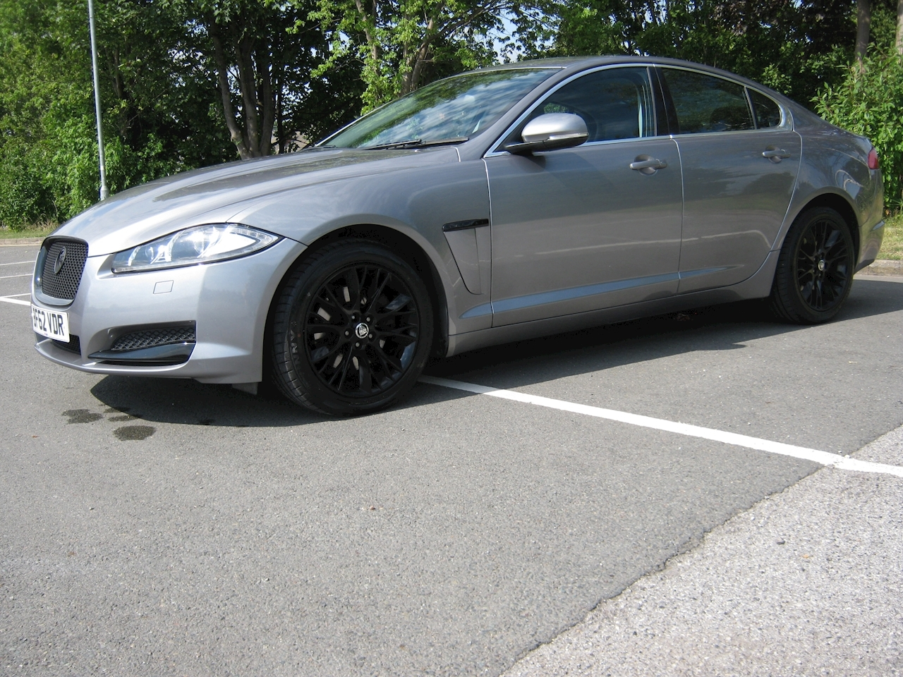 XF V6 Luxury 3.0 4dr Saloon Automatic Diesel