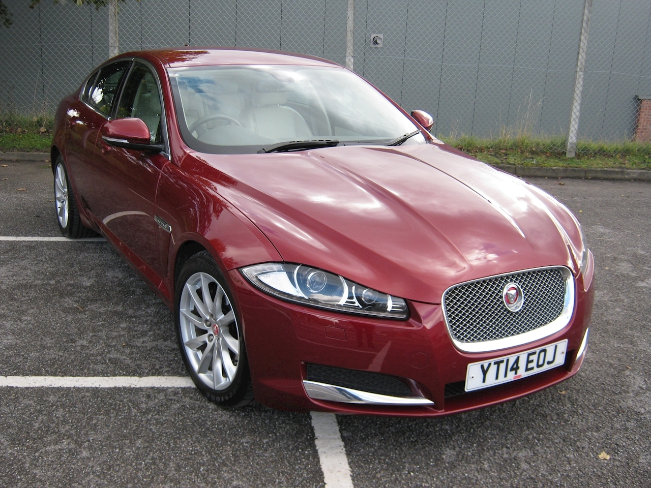 Jaguar XF Premium Luxury Saloon 2.2 Automatic Diesel