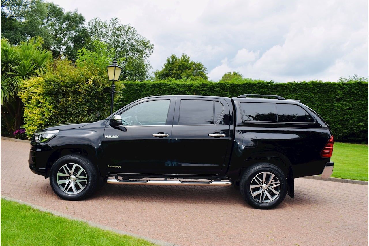 Toyota Hilux Invincible X AT35 2.4 4dr 4x4 Auto Diesel