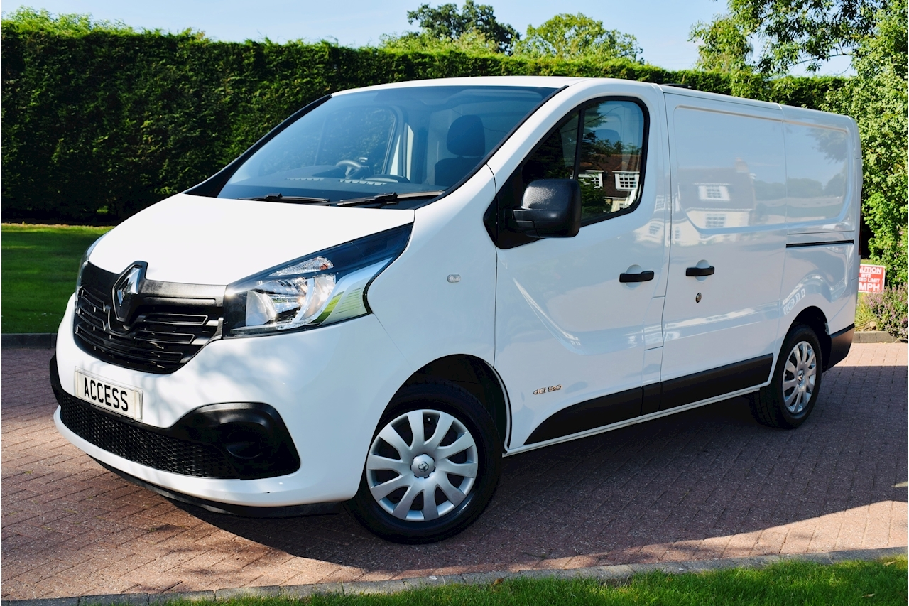 Renault Trafic Business+ Panel Van 1.6 Manual Diesel air con security Locks