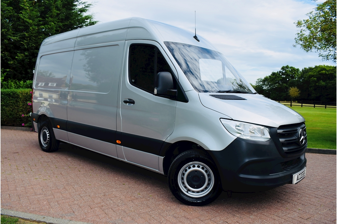 Mercedes-Benz Sprinter 2.1 314 CDi Panel Van 5dr Diesel Manual FWD L2 H1 EU6 (143 ps) Panel Van 2.1 Manual Diesel