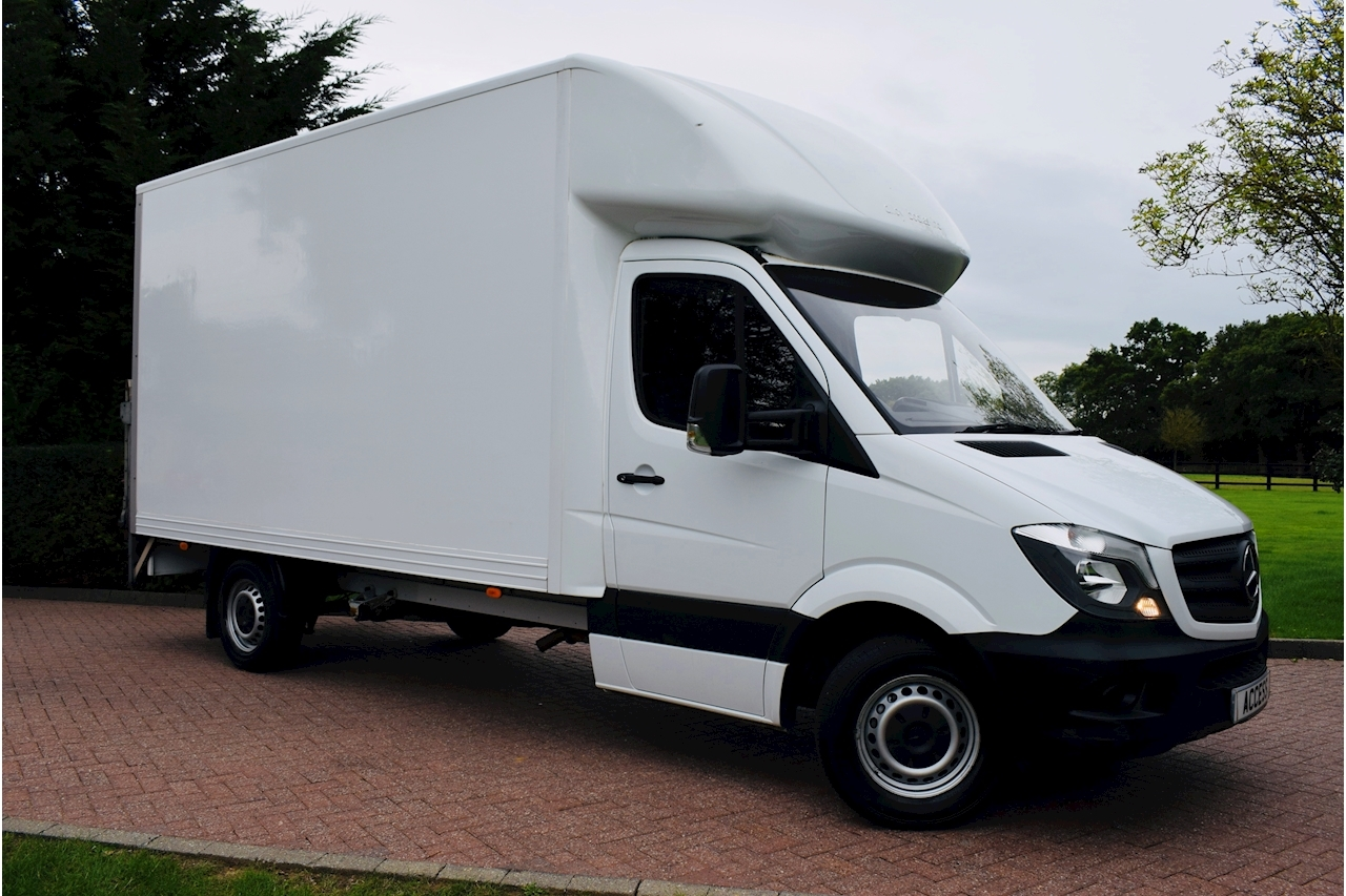 Mercedes-Benz Sprinter 314 cdi Luton  2.1 Manual Diesel 500kg tail lift