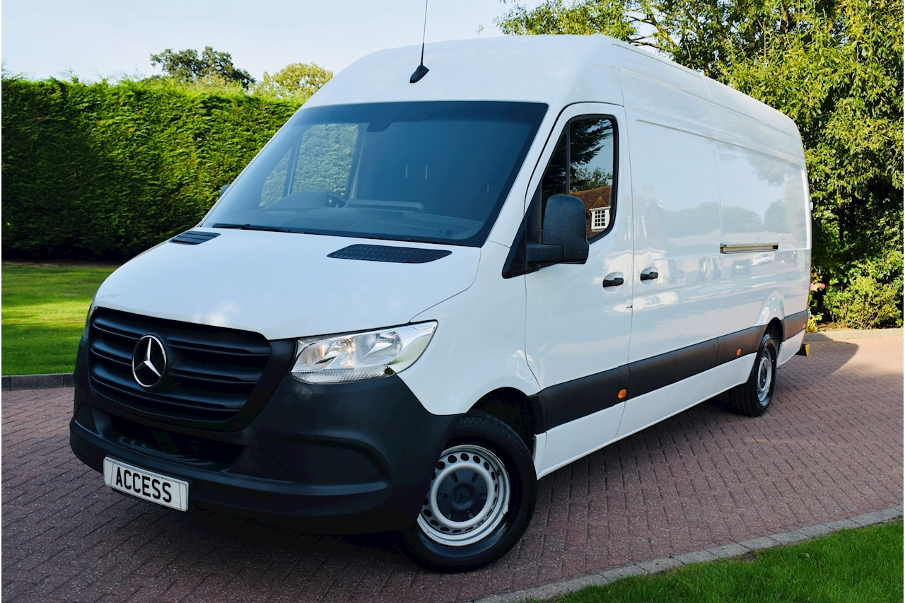 Mercedes-Benz Sprinter 314 Panel Van 2.1 Manual Diesel LWB High Roof rear t-bar