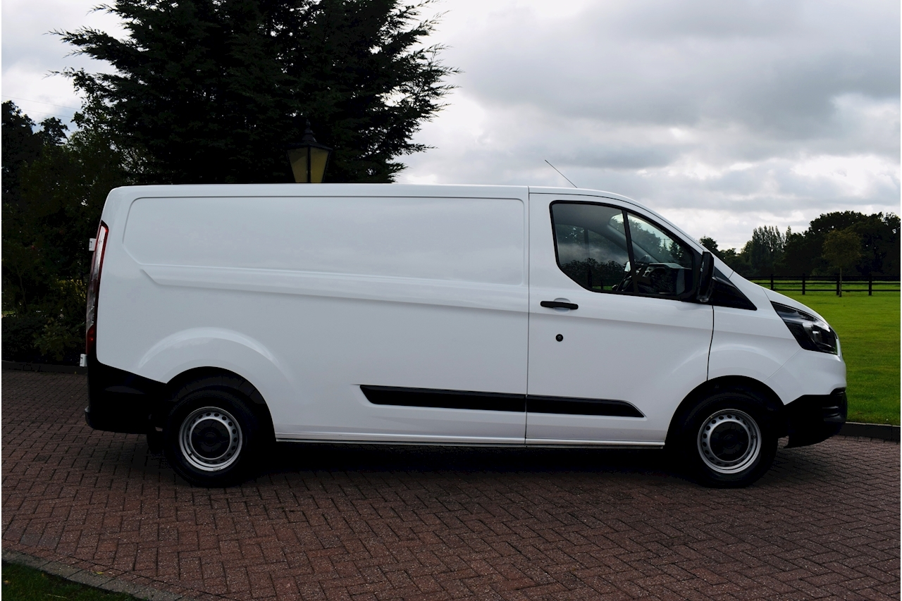 Ford Transit Custom 300 Base P/V L2 2.0 5dr Panel Van Manual Diesel