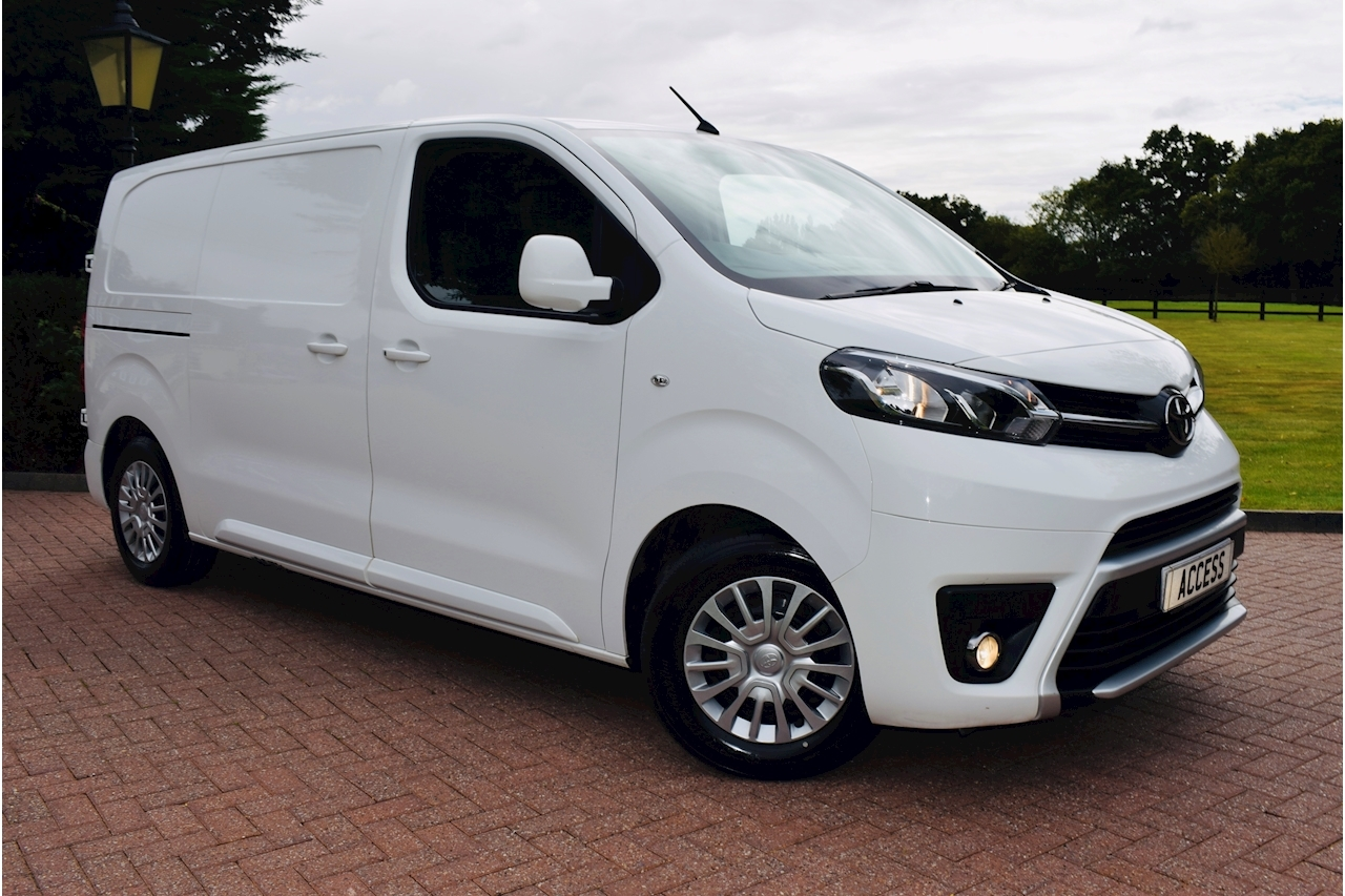 Toyota Proace L1 Comfort Panel Van 1.6 Manual Diesel air conditioning
