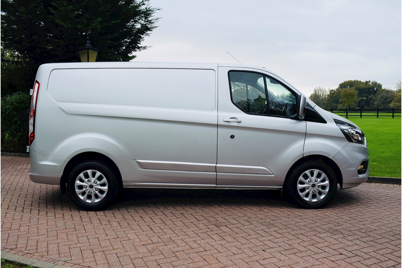 Ford Transit Custom 300 Limited P/V L1 H1 Panel Van 2.0 Manual Diesel air con