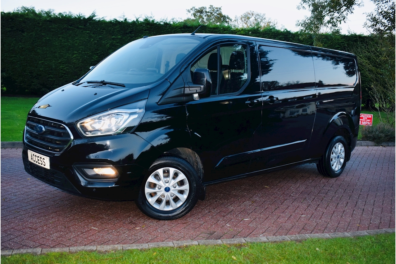 Ford Transit Custom 300 Limited P/V L2 H1 2.0 Panel Van Manual Diesel