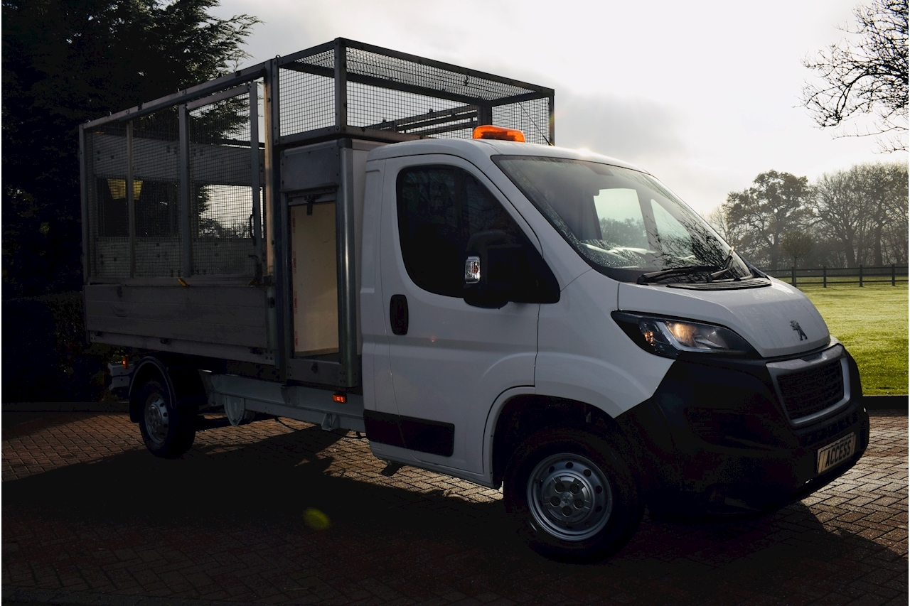 Peugeot Boxer Tipper caged 10ft body 2.0 Diesel  130ps 2018 68 reg Air con