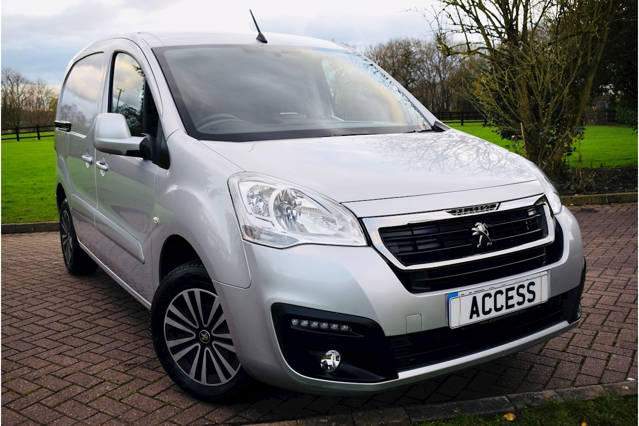 Peugeot Partner Blue Hdi Professional With Appearance Pack Panel Van 1.6 Manual Diesel