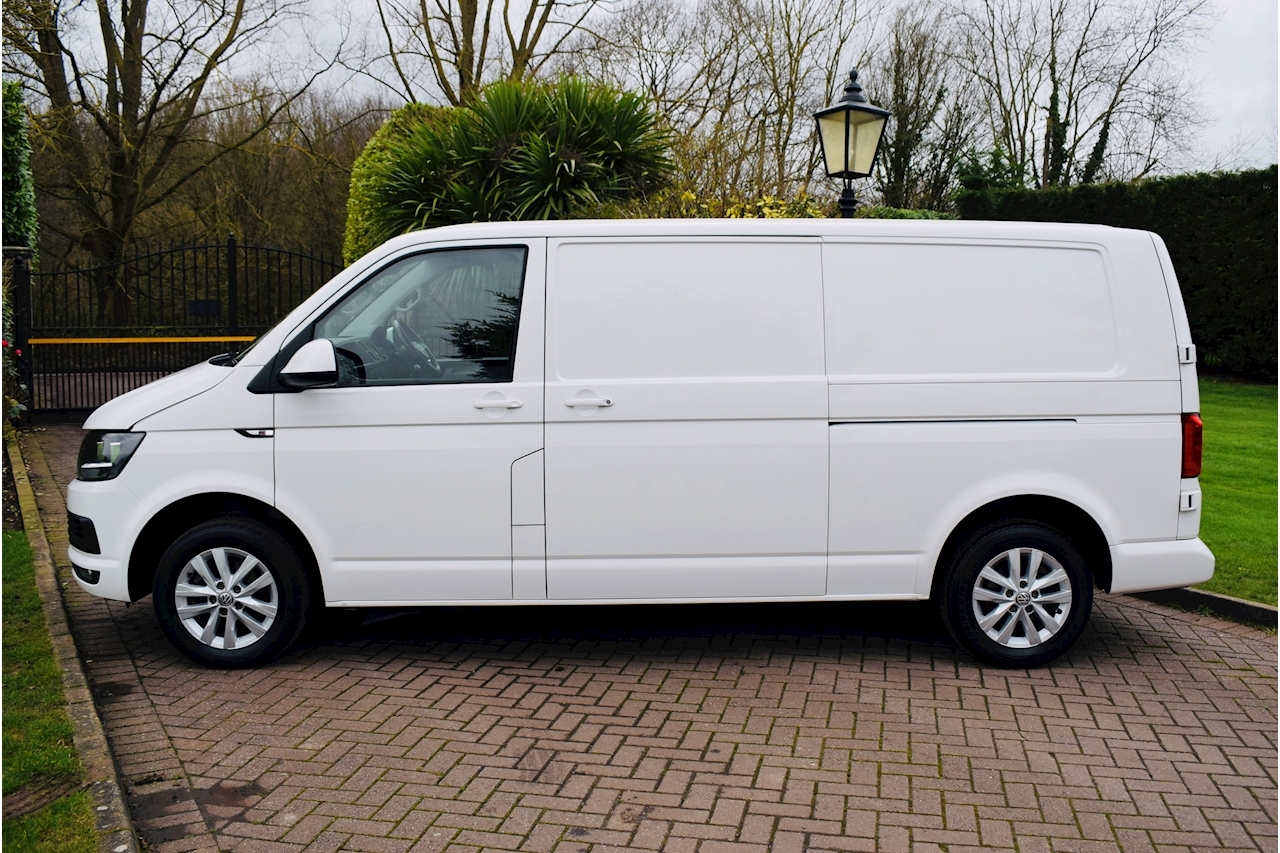 Volkswagen Transporter T28 Tdi  Highline Bmt Van  2.0 Manual Diesel euro 6 air con