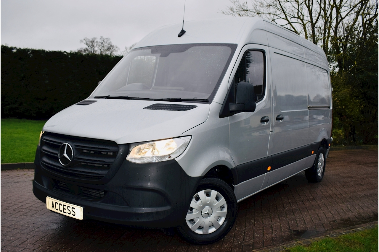 Sprinter 314 Cdi Panel Van 2.1 Manual Diesel  MWB 2019 new shape