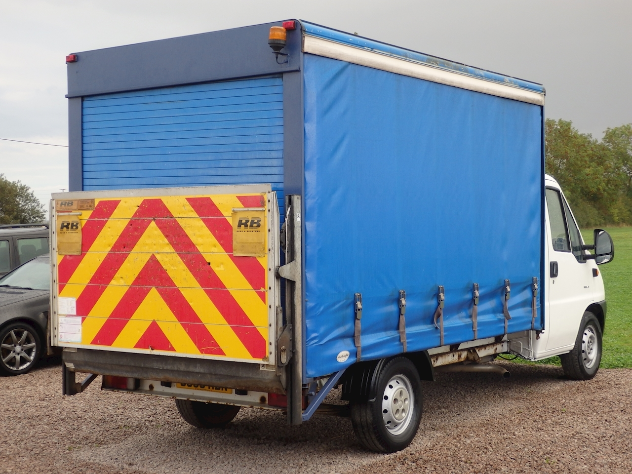 Citroen Relay Luton Curtainsider + Tailift 2.8 2dr Chassis Cab Manual Diesel
