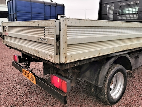 3.0 D-4D 350 MWB Chassis Cab 2dr Diesel Manual (279 g/km, 108 bhp)