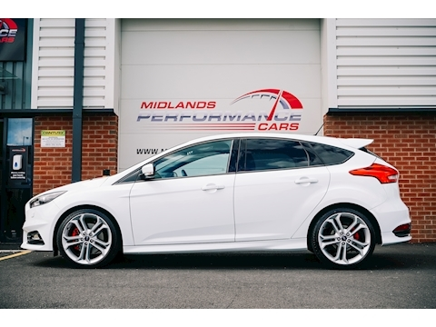 Focus ST-3 Hatchback 2.0 Manual Diesel
