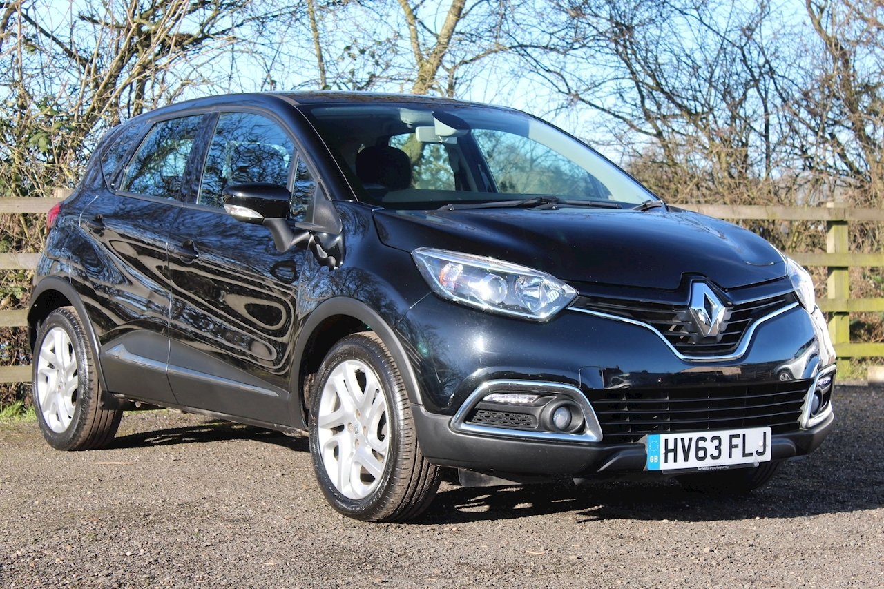 Renault Captur Dynamique MediaNav SUV 0.9 Manual Petrol