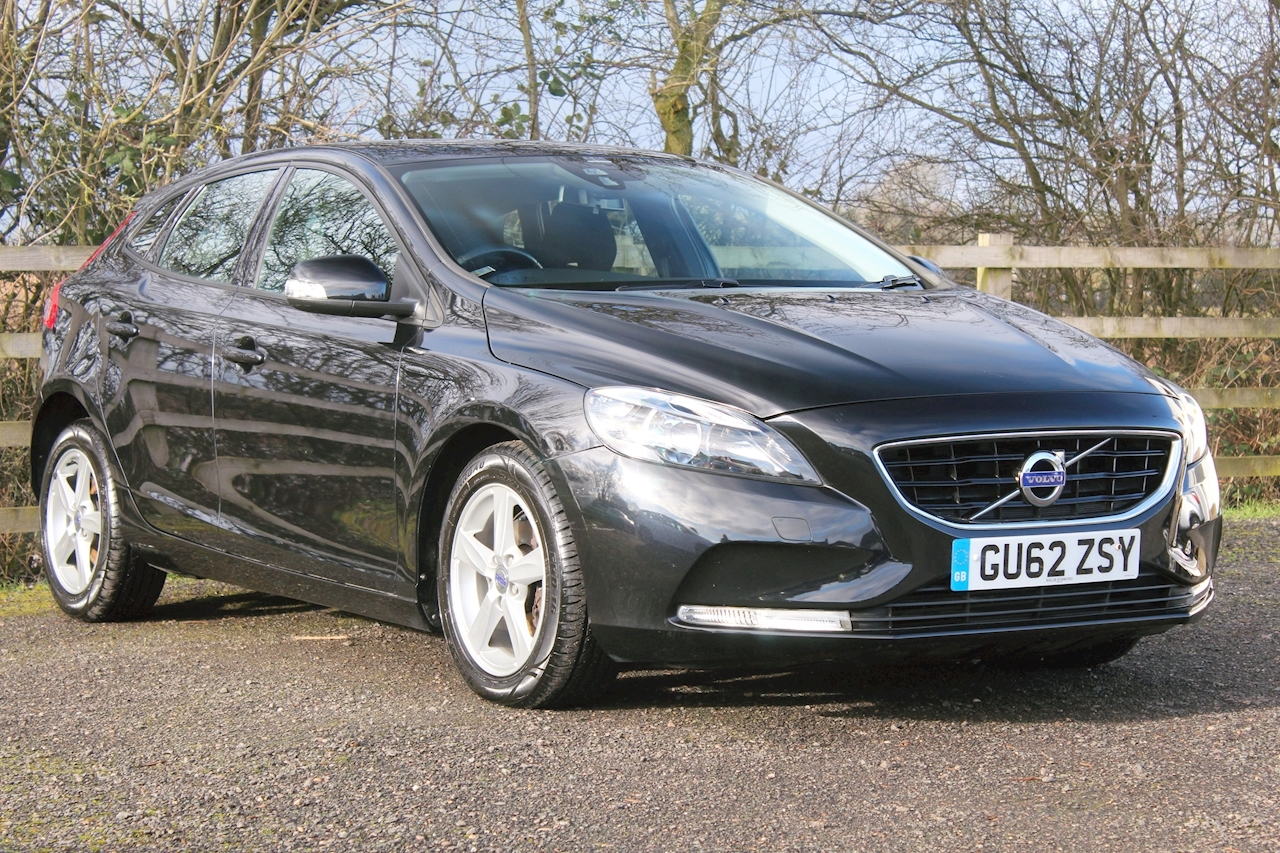 Volvo V40 D2 Es 1.6 5dr Hatchback Manual Diesel