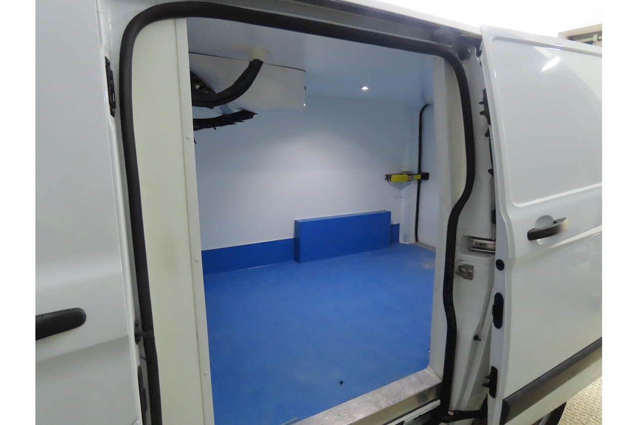 Transit Custom Swb 270 Refrigerated Chiller with Standby 2.0 5dr Medium Fridge Van Manual Diesel