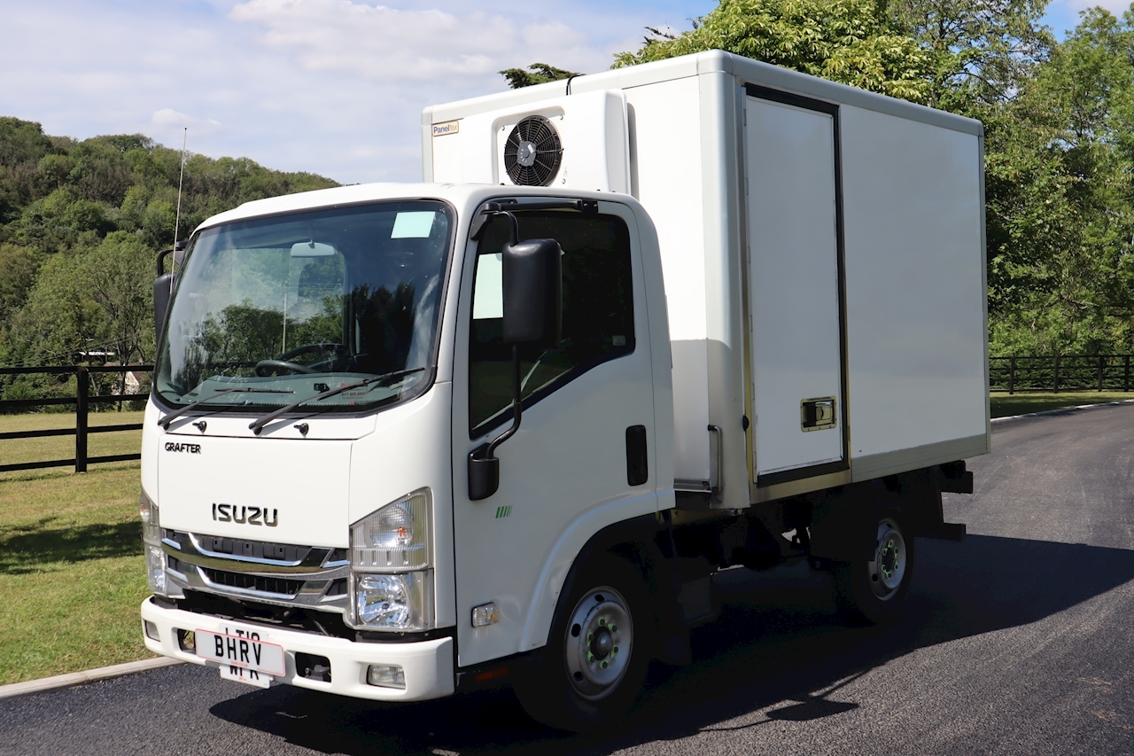 Isuzu Grafter 1.9D N35 Freezer Chiller Box