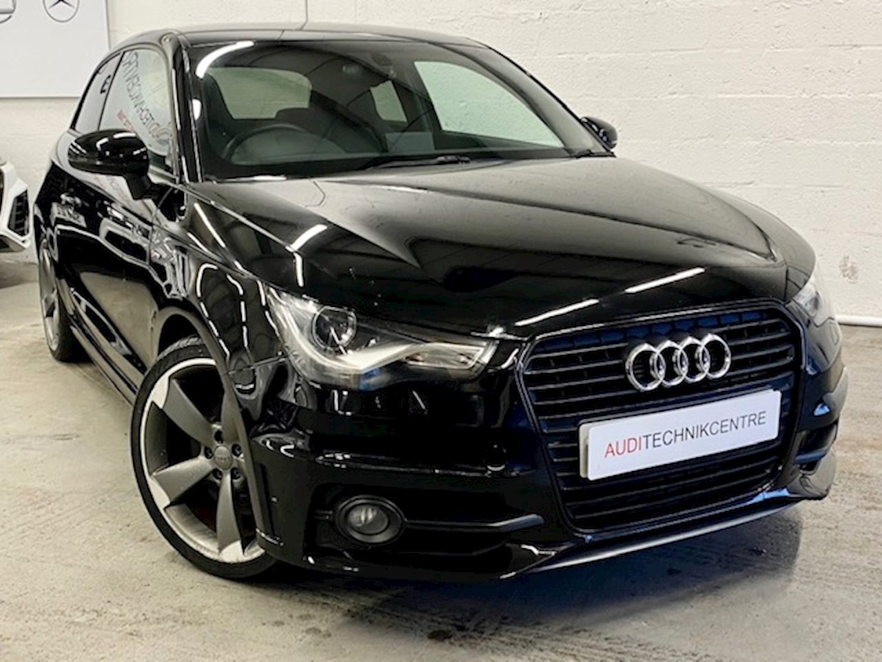 Audi A1 Audi A1  A1 S Line Black Edition 3 Door 1998 6 Speed Manual Diesel