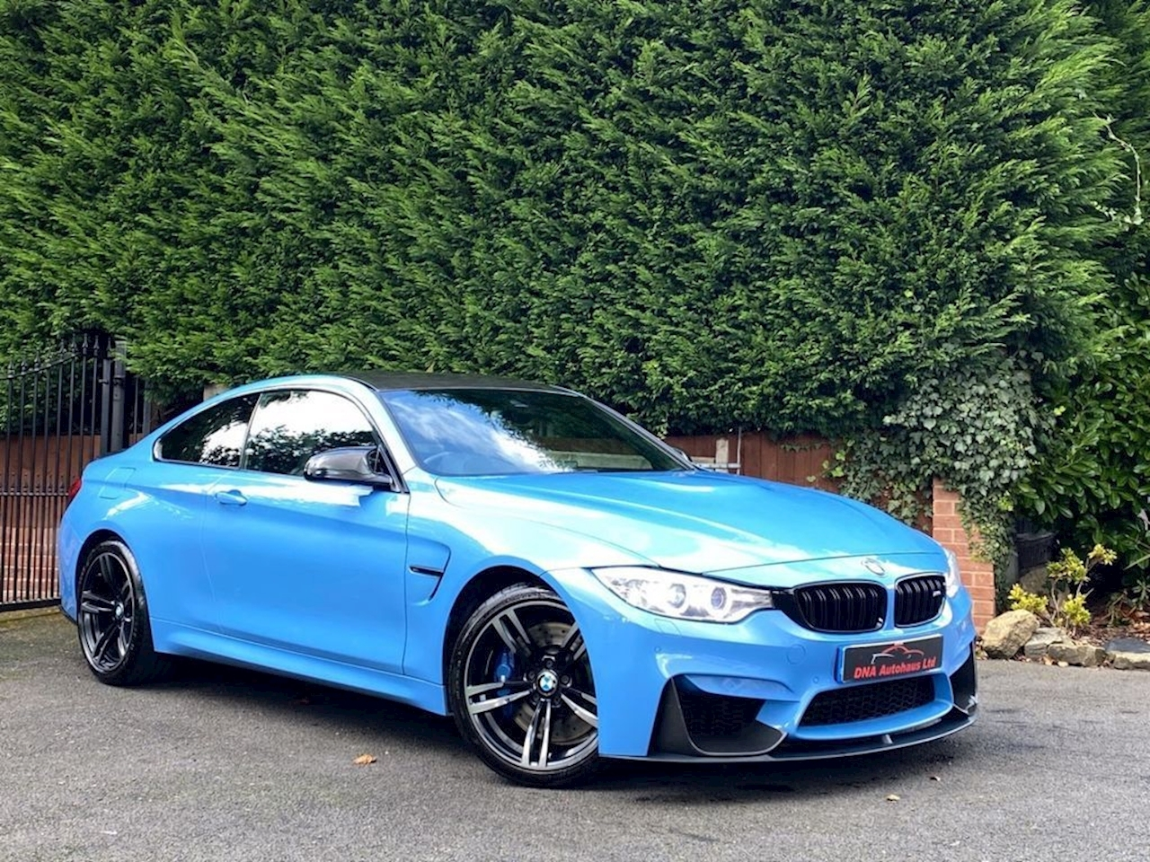 BMW 4 Series M4 Coupe 3.0 Semi Auto Petrol