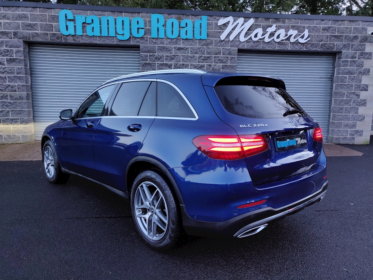 Mercedes-Benz 2.1 GLC220d AMG Line SUV 5dr Diesel G-Tronic 4MATIC (s/s) (170 ps)
