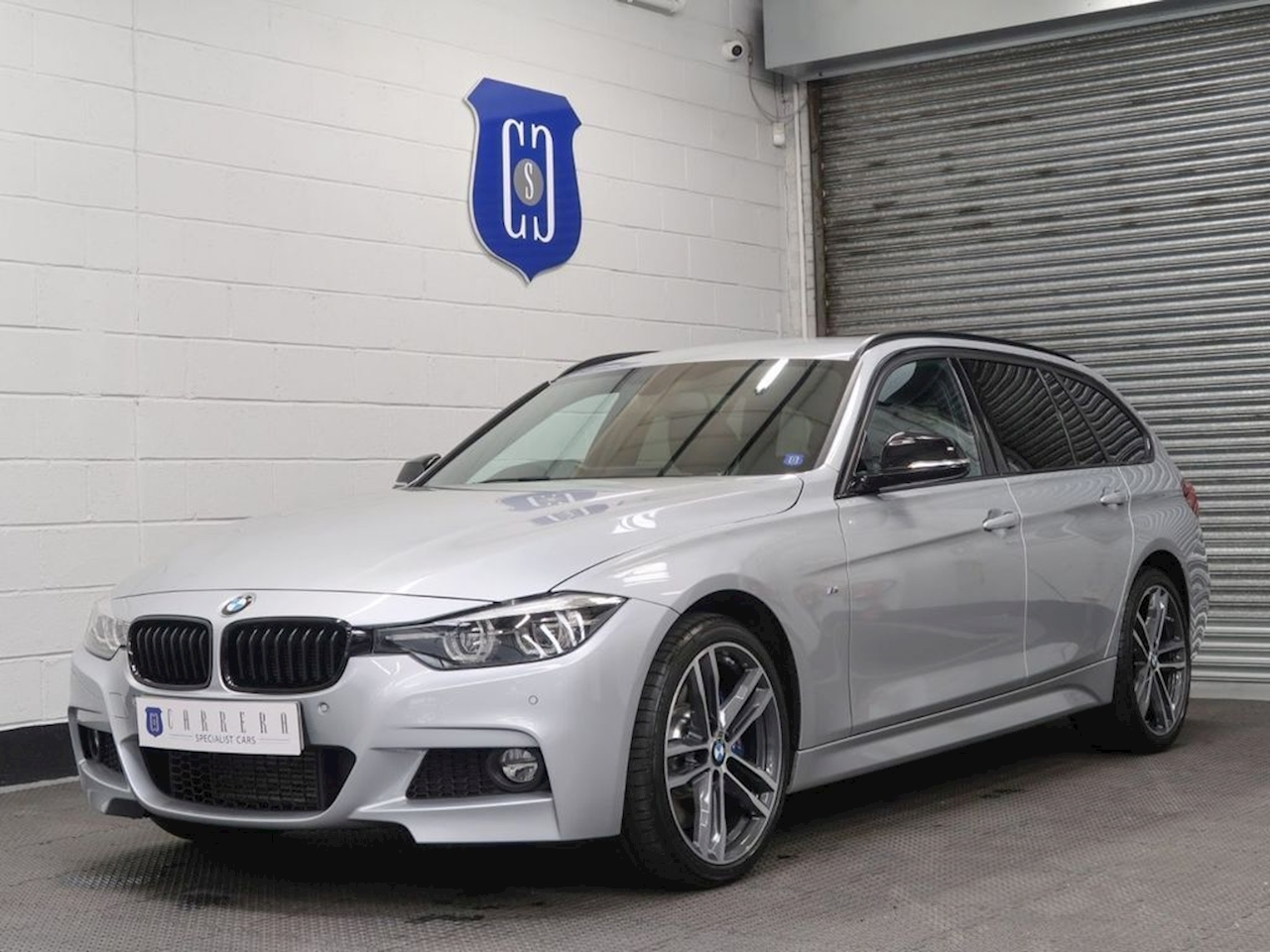 BMW 3.0 330d M Sport Shadow Edition Touring 5dr Diesel Auto xDrive (s/s) (258 ps)