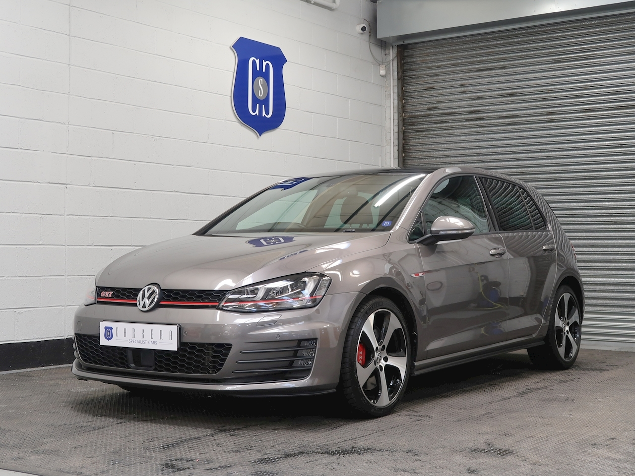 Volkswagen 2.0 TSI BlueMotion Tech GTI (Performance pack) Hatchback 5dr Petrol Manual (s/s) (139 g/km, 227 bhp)