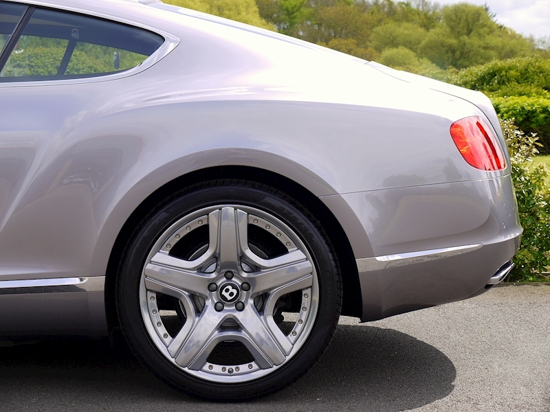 Bentley Continental GT W12 Mulliner - Large 3