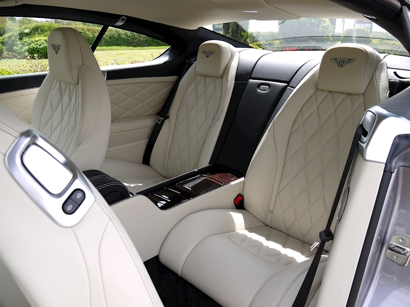 Bentley Continental GT W12 Mulliner - Large 6