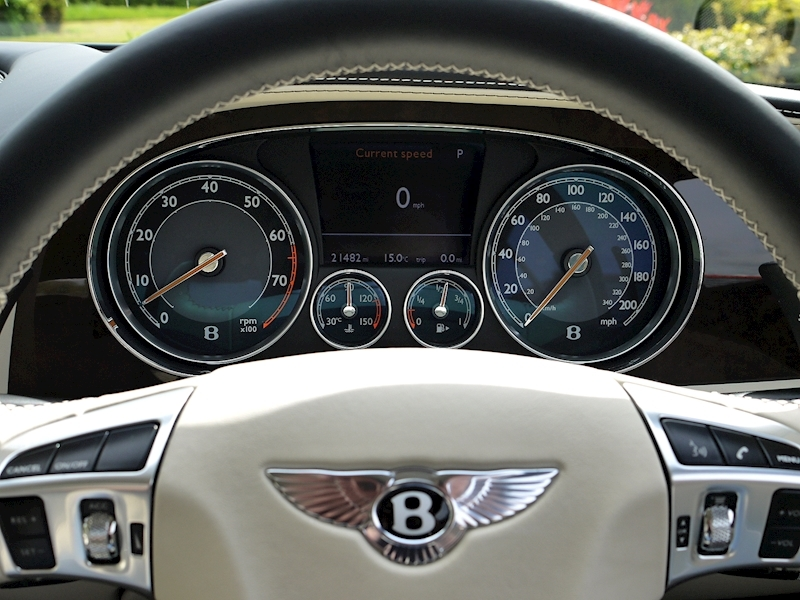 Bentley Continental GT W12 Mulliner - Large 27