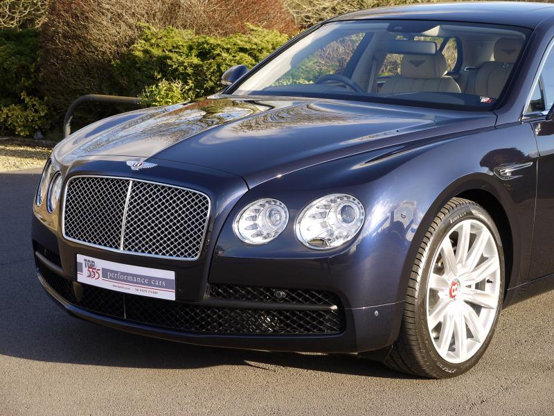 Bentley Flying Spur V8 - Large 12
