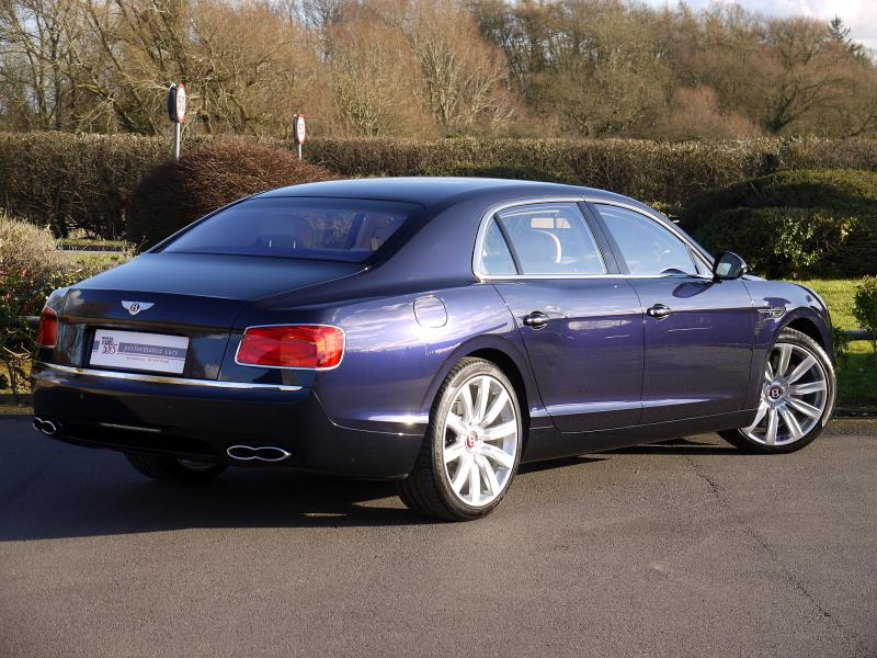 Bentley Flying Spur V8 - Large 15