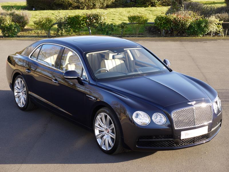 Bentley Flying Spur V8 - Large 0