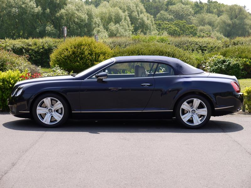 Bentley Continental GTC 6.0 W12 - Large 5