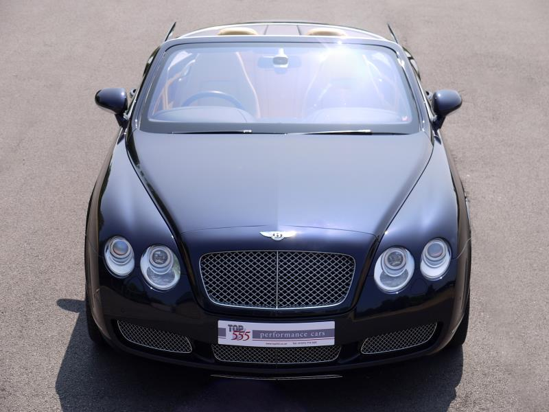Bentley Continental GTC 6.0 W12 - Large 15