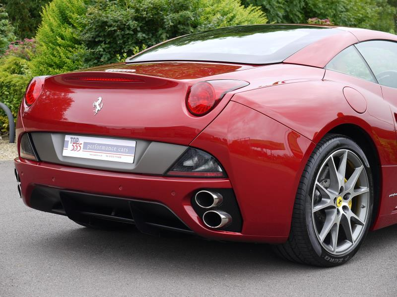 Ferrari California 4.3 2+2 - Large 8