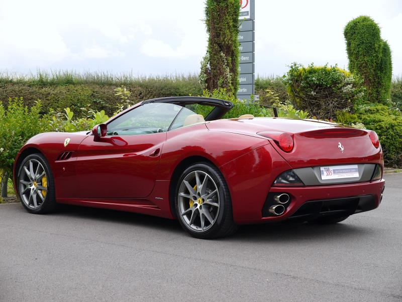Ferrari California 4.3 2+2 - Large 11