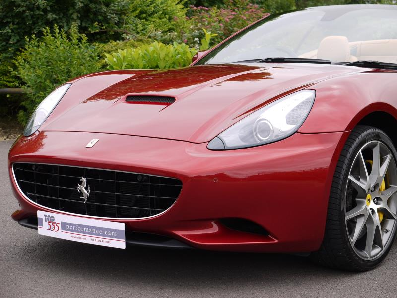 Ferrari California 4.3 2+2 - Large 14