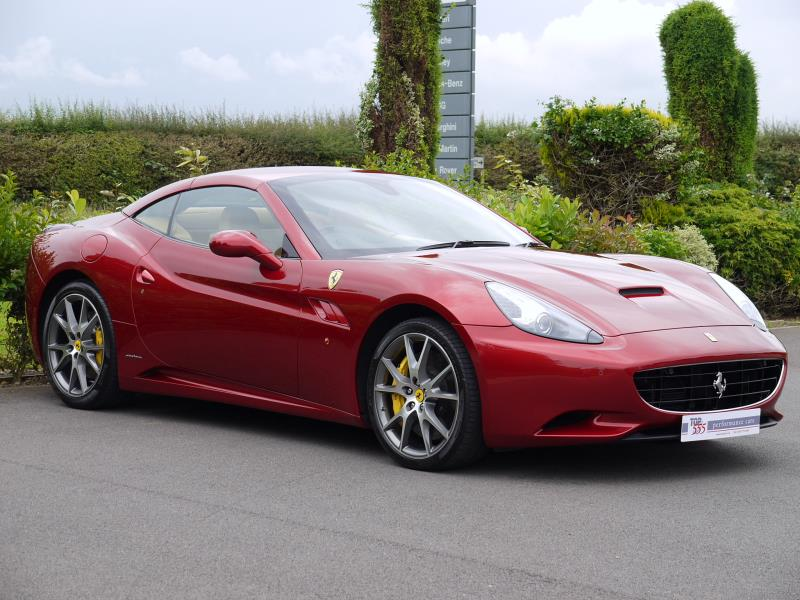 Ferrari California 4.3 2+2 - Large 18