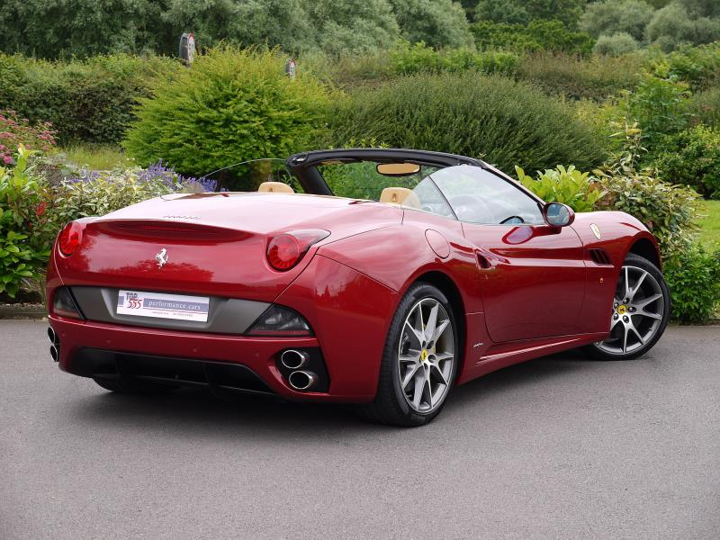 Ferrari California 4.3 2+2 - Large 19
