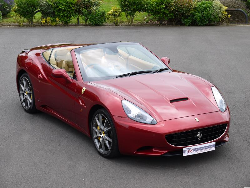 Ferrari California 4.3 2+2 - Large 21