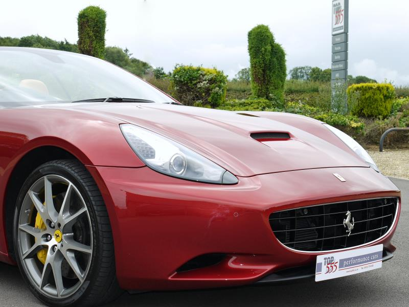Ferrari California 4.3 2+2 - Large 22