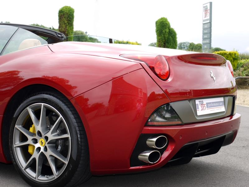 Ferrari California 4.3 2+2 - Large 24