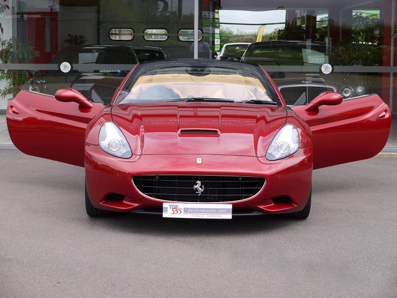 Ferrari California 4.3 2+2 - Large 25
