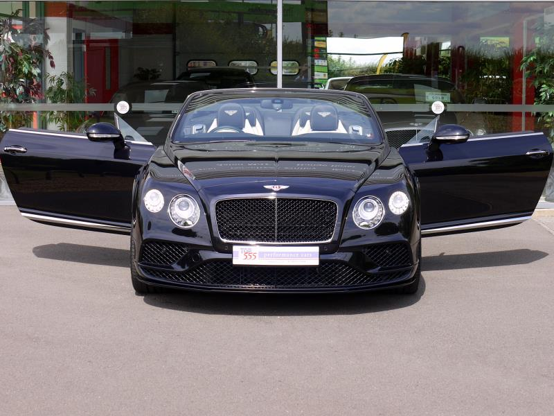 Bentley Continental GTC V8 S Mulliner - Large 29