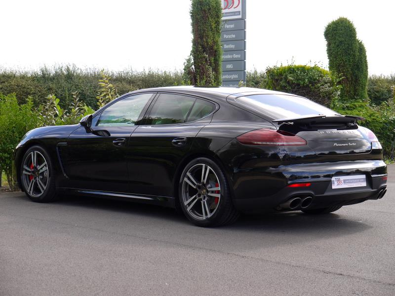 Porsche Panamera Turbo 4.8 PDK - Large 8
